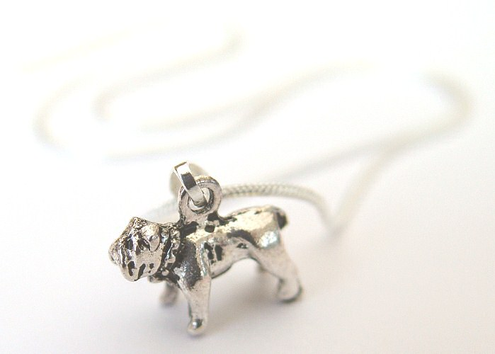 bulldog-necklace2.jpg