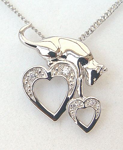 Capture My Heart Necklace