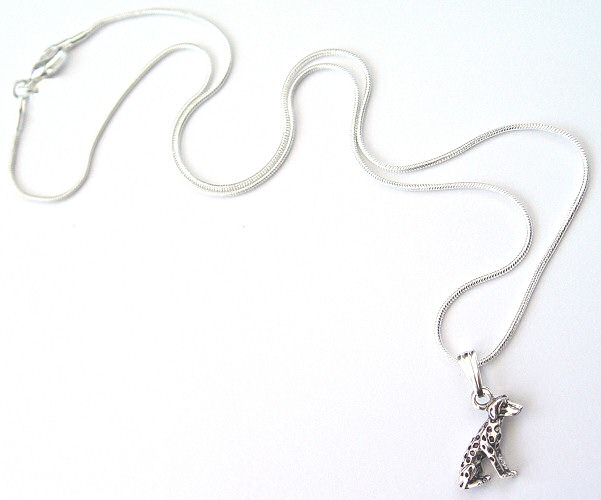 dalmatian-necklace4.jpg