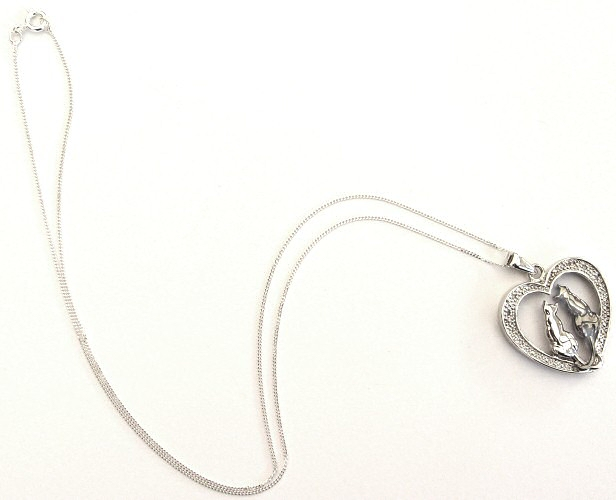 silver-black-and-white-cats-necklace3.jpg
